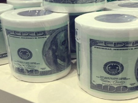 Dolları tualet kağızına çevirmişik