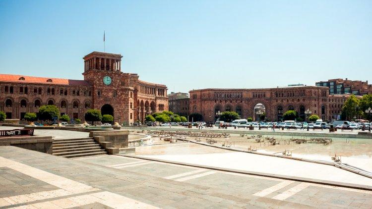Ermənistanda iqtisadiyyat çökür