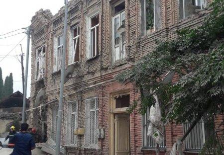Evinə raket düşən şəxs İcra Hakimiyyətindən şikayət etdi - VİDEO