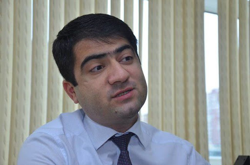 Bir  ayağı rayonda, o biri ayağı  Bakıda olan  gənc  icra başçısı Seymur Orucov- İcra  başçısı  etimad limitini bitirib