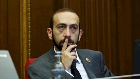 Ermənistan parlamentinin spikeri Moskvaya gedir