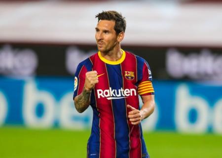 Messi Klozeni keçdi, Peleyə yaxınlaşdı