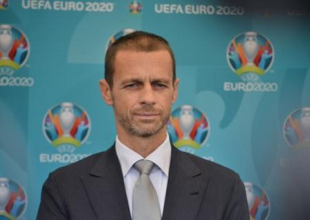 UEFA prezidenti Bakıya gəldi