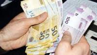 """""""Universitet rəhbərliyi kollec məzunlarından 1000 manat tələb edir"""""""